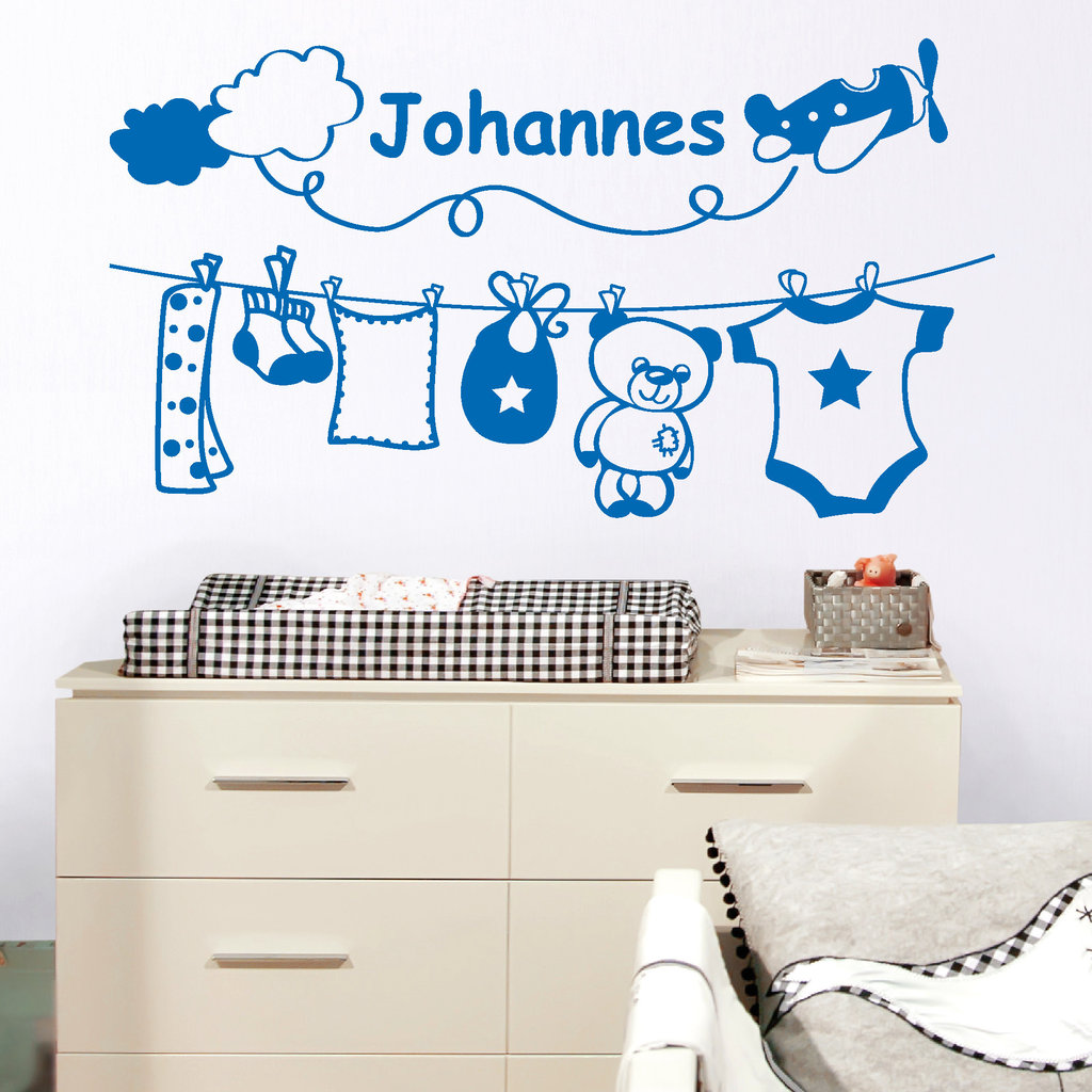 babyzimmerdekoration f r jungs mit wunschname wandtattoo. Black Bedroom Furniture Sets. Home Design Ideas